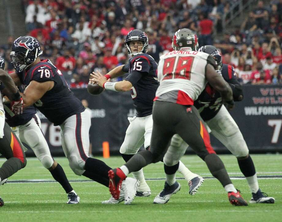 Houston Texans quarterback Ryan Mallett (15) prepares to pass the ball during the second quarter of an NFL football game at NRG Stadium on Sunday, Sept. 27, 2015, in Houston. ( Jon Shapley / Houston Chronicle ) Photo: Jon Shapley, Houston Chronicle