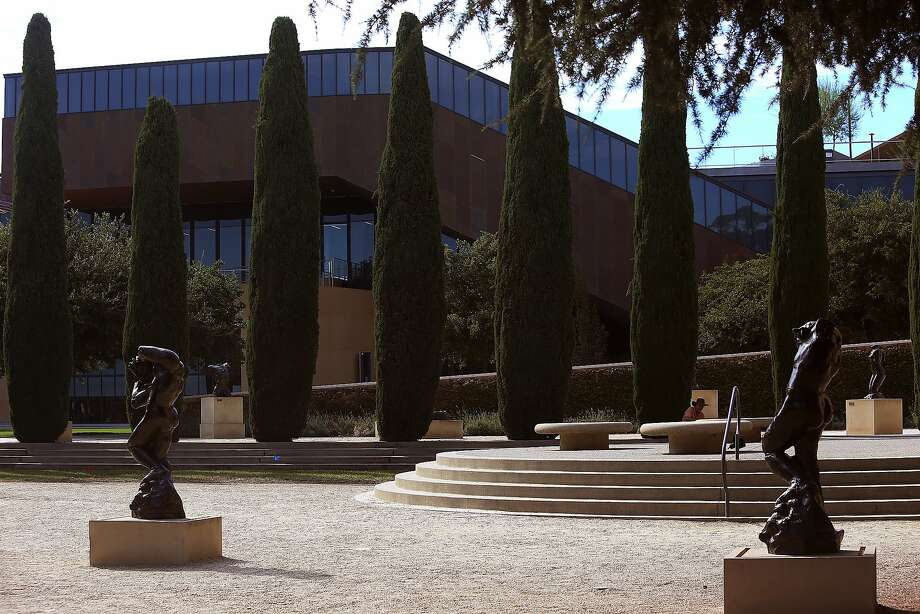 A view of the McMurtry Building seen from the Rodin Sculpture garden in Stanford, Calif., on Friday, September 25, 2015.  Photo: Liz Hafalia, The Chronicle