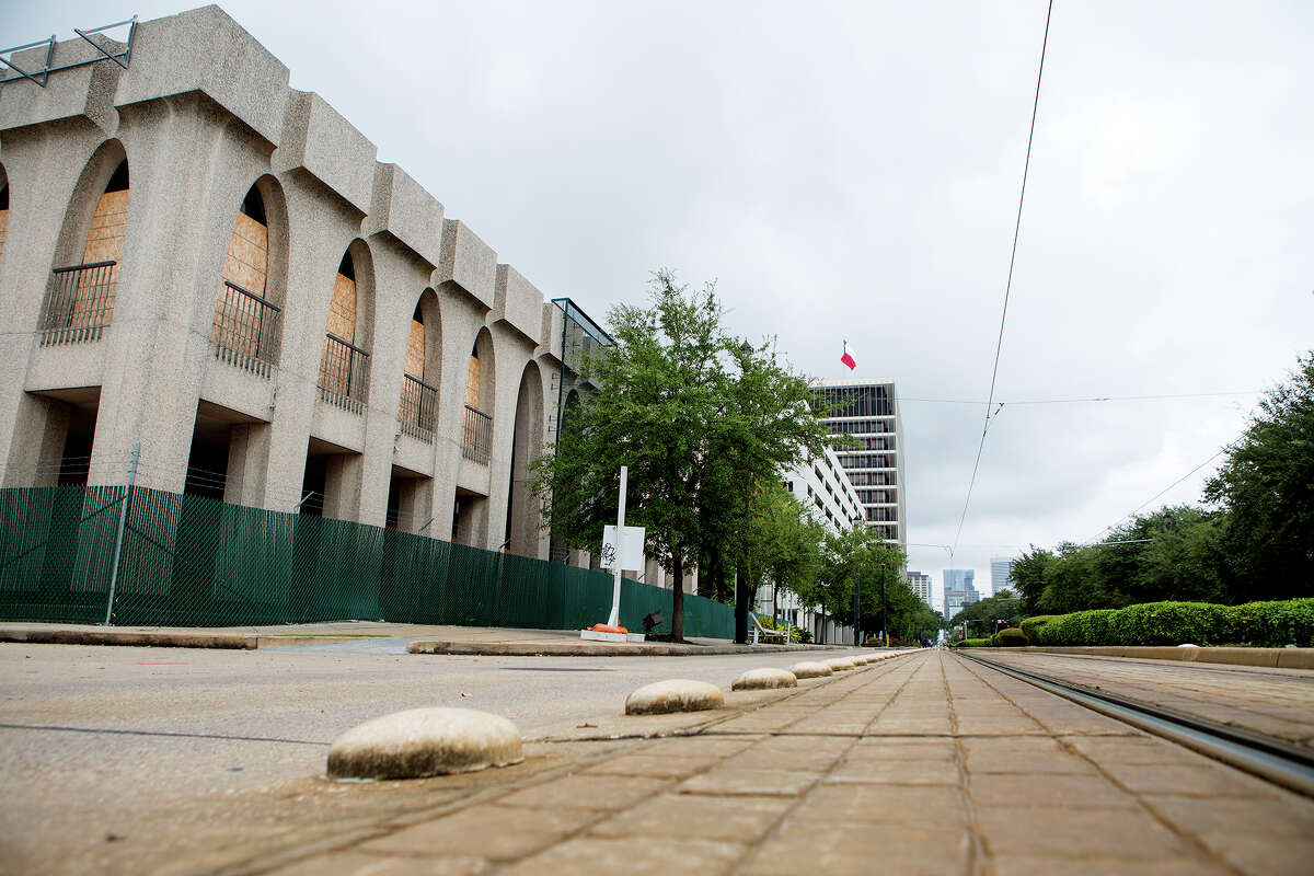 A building is seen in the 3300 block of Main Street, Monday, Sept. 28, 2015, in Houston. PM Realty Group has filed plans with the city to develop a residential building there. (Cody Duty / Houston Chronicle)