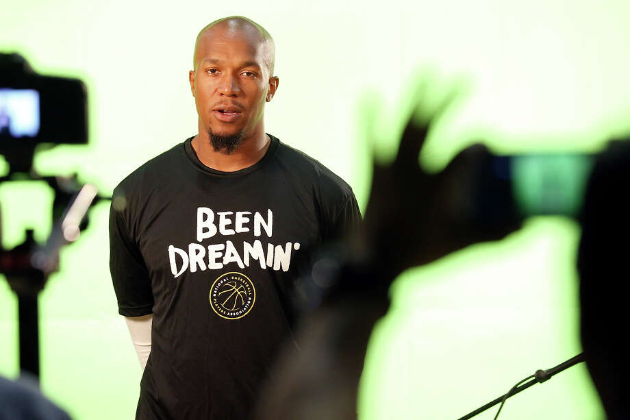 Spurs' David West is interviewed during media day Monday Sept. 28, 2015 at the Spurs practice facility. Photo: Edward A. Ornelas /San Antonio Express-News / © 2015 San Antonio Express-News