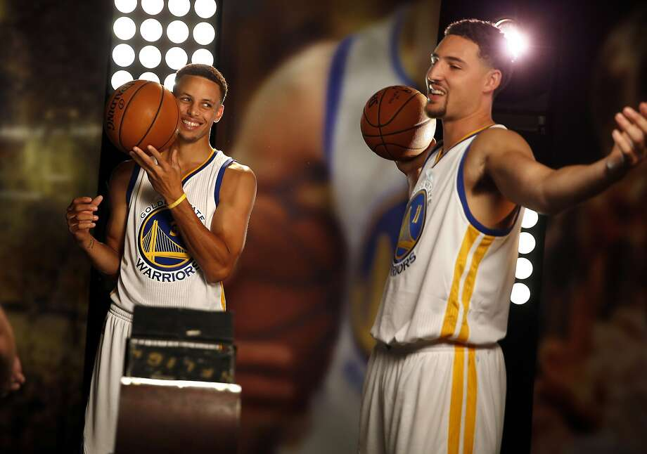 Stephen Curry and Klay Thompson do a video shoot during the Warriors' Media Day in Oakland. Photo: Scott Strazzante, The Chronicle