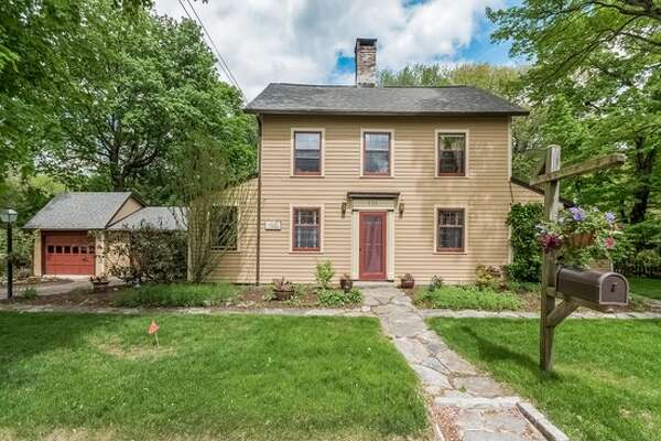 oldest homes on the market in connecticut