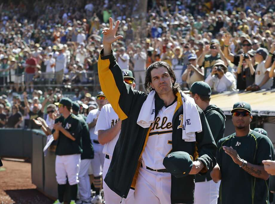Oakland Athletics pitcher Barry Zito waves to fans as he leaves the baseball game against the San Francisco Giants in the third inning of a baseball game Saturday, Sept. 26, 2015, in Oakland, Calif. (AP Photo/Ben Margot) Photo: Ben Margot, Associated Press