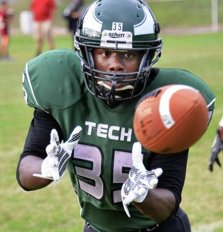 Green Tech's #35 Milton Lovelace catches a practice pass before the start of Saturday's game against Scotia at Bleecker Stadium Sept. 19, 2015 in Albany, NY.  (John Carl D'Annibale / Times Union) Photo: John Carl D'Annibale / 00033441A