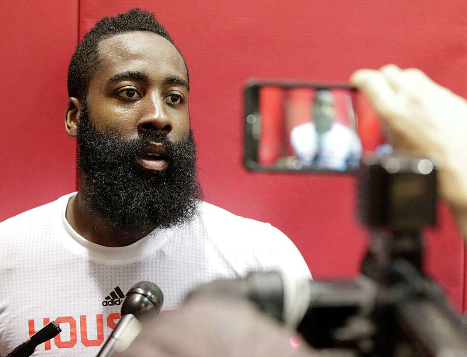 Rockets guard James Harden focused on protecting his knees in offseason workouts. Photo: James Nielsen, Staff / © 2015  Houston Chronicle