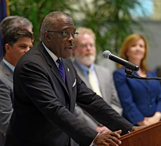 University at Albany president Robert J. Jones speaks during a press briefing to announce a deeper affiliation between Albany Law School and the University at Albany to strengthen cross-disciplinary officering for students Tuesday afternoon, Sept. 29, 2015, in Albany, N.Y. (Skip Dickstein/Times Union) Photo: SKIP DICKSTEIN / 00033468A