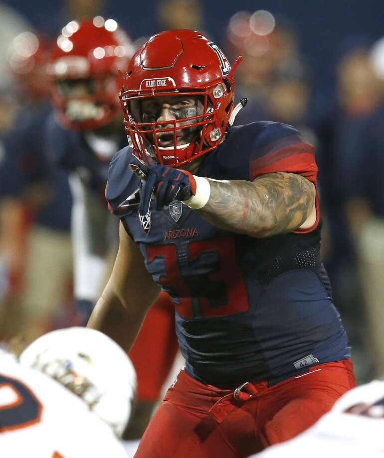 Arizona linebacker Scooby Wright III will be out for an extended period because of a foot injury. Photo: Rick Scuteri, Associated Press