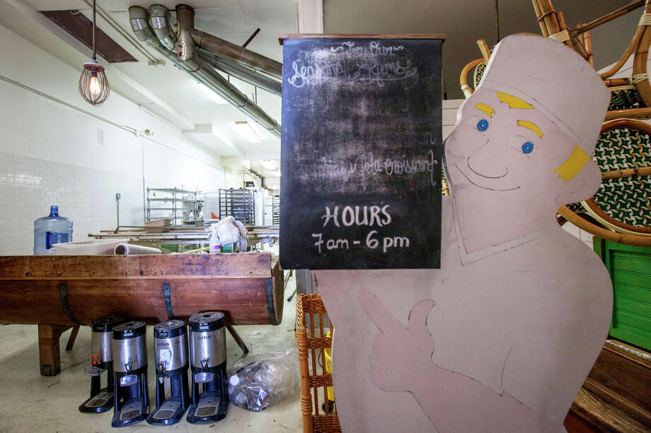 The view inside the new La Boulangerie de San Francisco at the original Pacific Heights location of La Boulange at 2325 Pine St., which will be the first of the new bakeries to reopen. Photo: Santiago Mejia / Santiago Mejia / Special To The Chronicle / ONLINE_YES