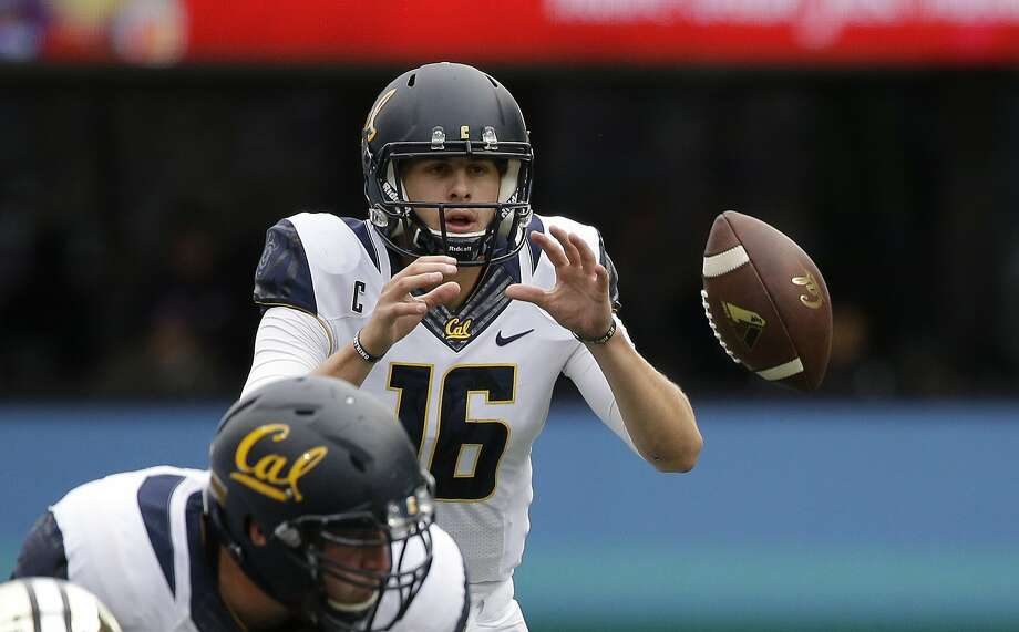 California quarterback Jared Goff in action against Washington in an NCAA college football game Saturday, Sept. 26, 2015, in Seattle. (AP Photo/Elaine Thompson) Photo: Elaine Thompson, Associated Press