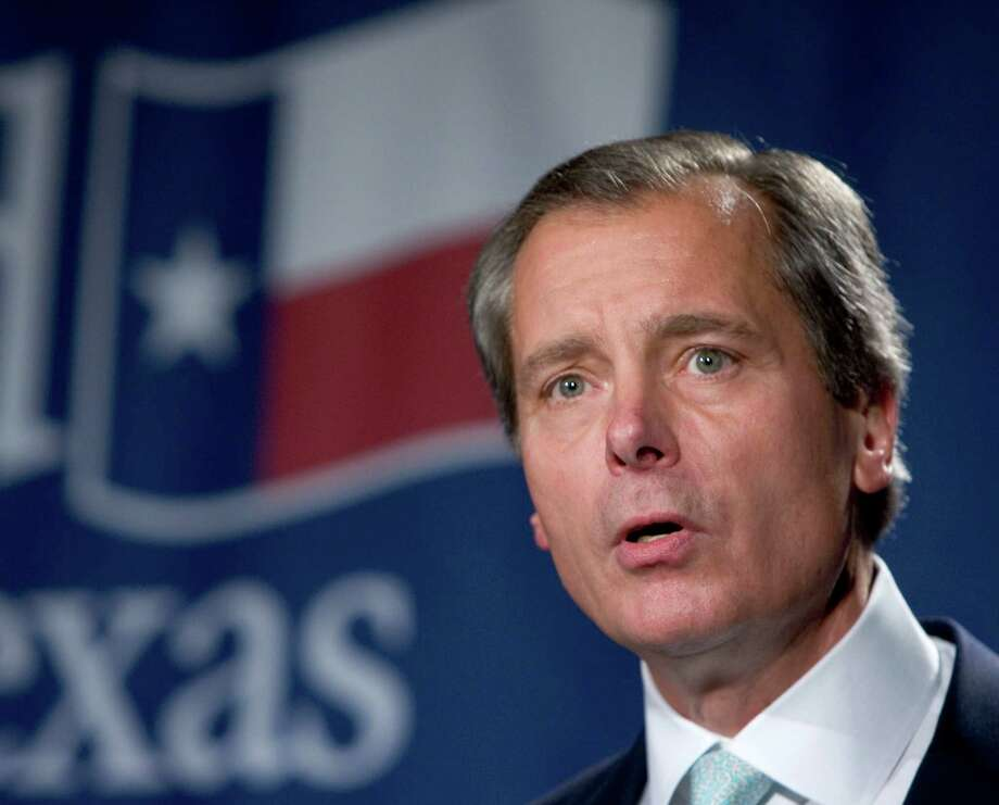 Lt. Gov. David Dewhurst announces his re-election during an election watch party Tuesday, Nov. 7, 2006, in Austin, Texas. (Photo by Brett Coomer / Houston Chronicle)  Contact: Robert Black (512) 478-3276 Photo: BRETT COOMER, STAFF / Houston Chronicle