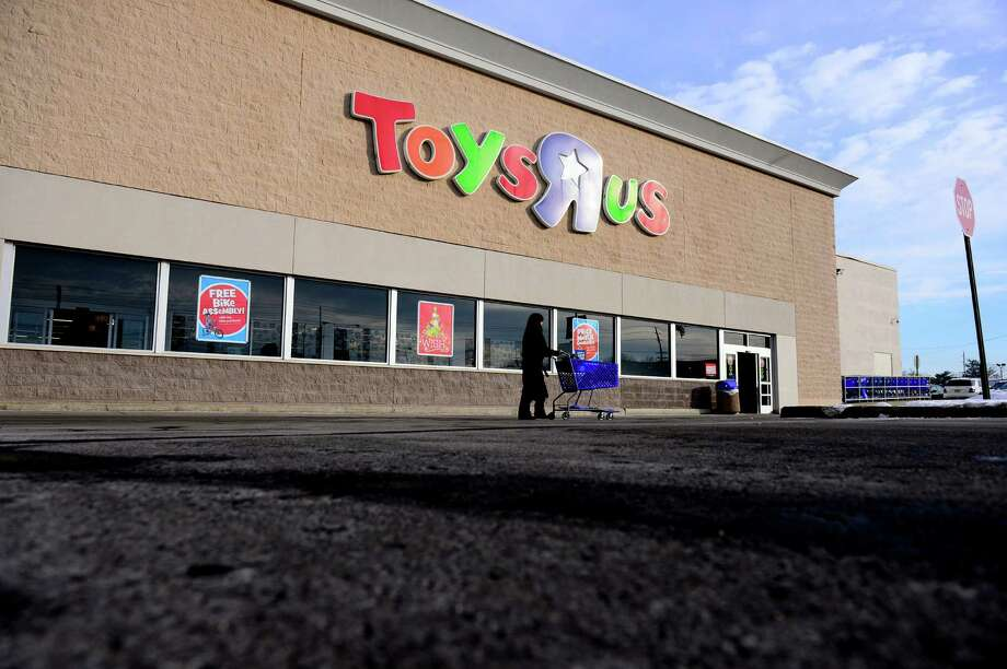Toys R Us mangers replaced 67 employees in New Jersey with workers in India, after Indian workers were trained by the American workers who were eventually let go. Photo: BEN SOLOMON, STR / NYTNS