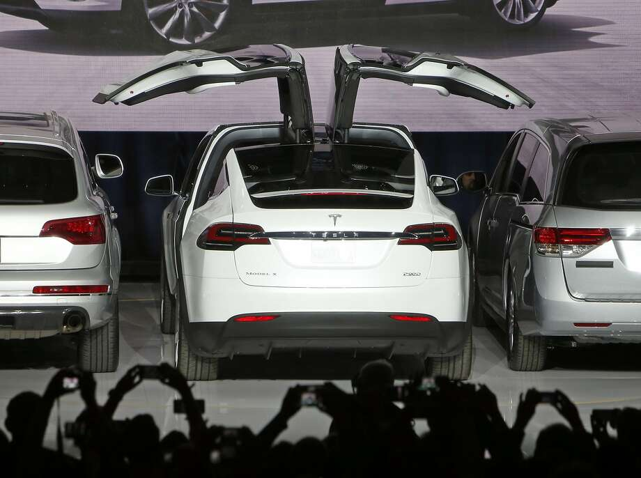 Elon Musk introduces Tesla's electric SUV, the Model X in Fremont, Calif., on Tuesday, September 29, 2015. Photo: Scott Strazzante, The Chronicle