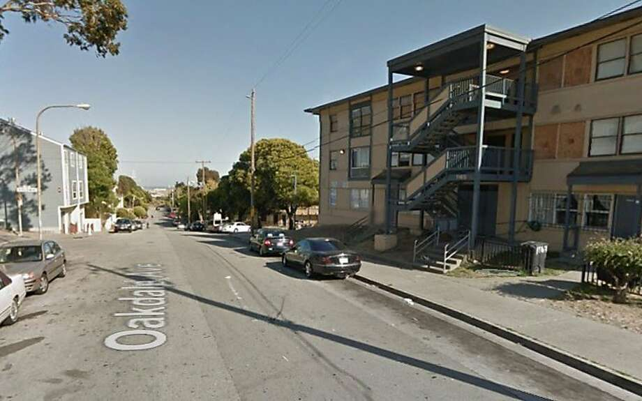 A man in his 20s was shot and killed on the 1100 block of Oakdale Avenue in San Francisco's Bayview late Tuesday night, police said. Photo: Google Maps