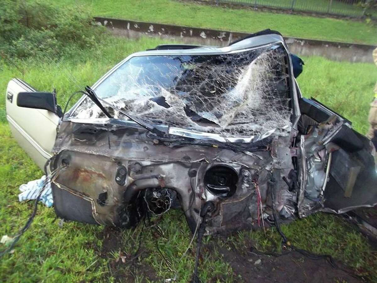 A 20-year-old Florida man survived a one-car wreck that split his vehicle in half. Credit: Winter Haven Police Department