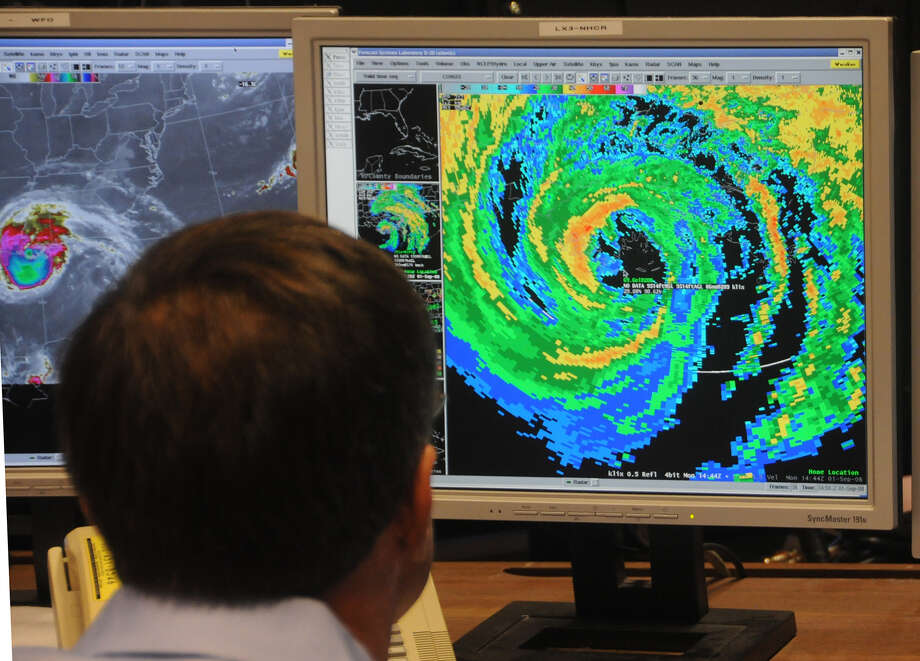 The National Hurricane Center in Miami. Photo: Andy Newman / AP Photo /Andy Newman / Associated Press