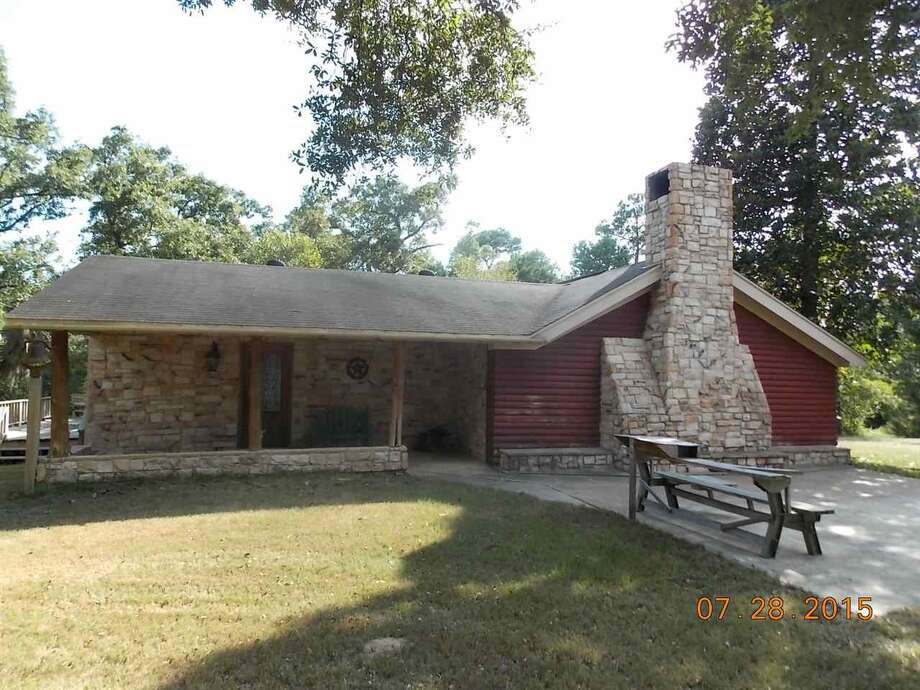 1 Ranch Road, Village Mills, TX 77663. $615,000. 2 bedroom, 2 full bath. 113.55 acres. Photo: Courtesy Of Realtor.com