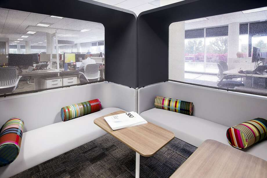 A lounge area next to workstations furnished by Steelcase at the Toyota North America temporary offices in Plano, Texas, on Tuesday, Sept. 22, 2015. (Smiley N. Pool/Dallas Morning News/TNS) Photo: Smiley N. Pool, McClatchy-Tribune News Service