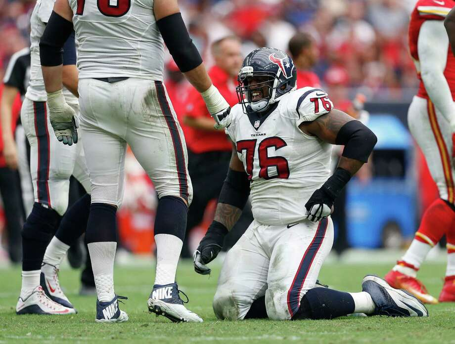 Cornerstone tackle Duane Brown is one of the Texans' offensive linemen to deal with injury issues this season. Photo: Karen Warren, Staff / © 2015 Houston Chronicle