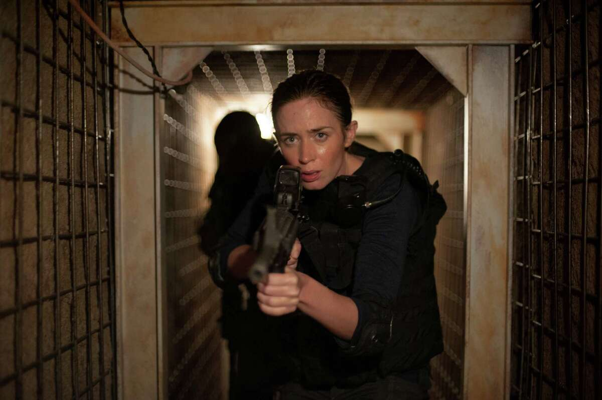 Emily Blunt portrays an FBI agent in