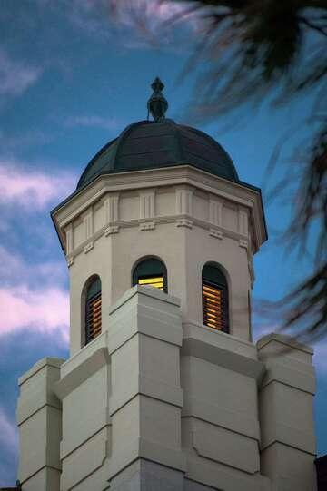 A Trip Through 'haunted' Galveston