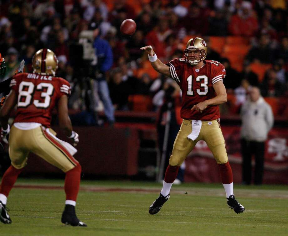 The last time the 49ers were at least eight-point home underdogs, Shaun Hill was throwing to Arnaz Battle in a 20-13 win against the Bengals on Dec. 15, 2007, at Candlestick Park. Photo: Michael Maloney / SFC / The San Francisco Chronicle