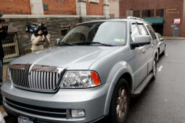 Angela Lopez gets in her Lincoln Navigator after leaving the Albany County Judicial Center on Wednesday, Nov. 17, 2010, in Albany, N.Y. (Cindy Schultz / Times Union archive)