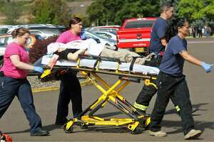 Oregon gunman was Army dropout who studied mass shooters - Photo