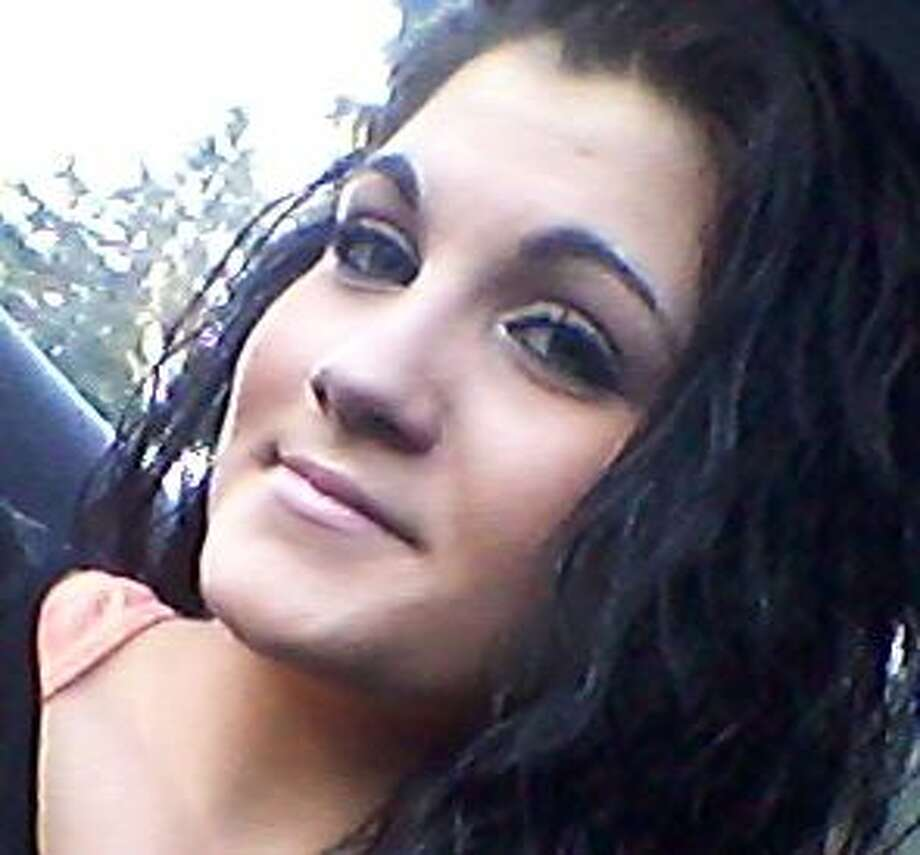 The Snohomish County Sheriff's Office is looking for 16-year-old Leah Marie Lunch, pictured, and her infant daughter who was born in September without medical care. Lund was last seen Sept. 2 in the Everett area. Photo: Dittoe, Thomas, Courtesy Snohomish County Sheriff's Office
