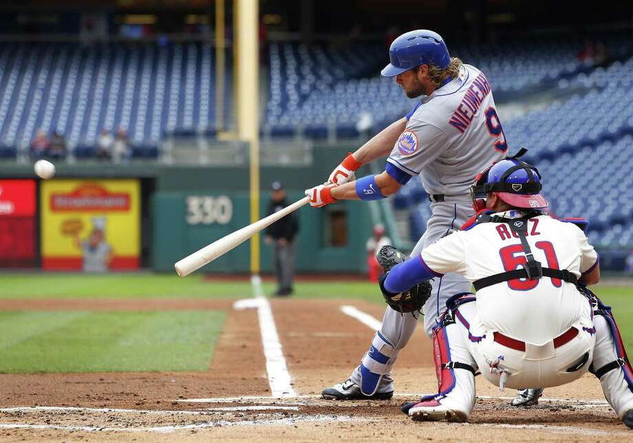 PHILADELPHIA, PA - OCTOBER 1: Kirk Nieuwenhuis #9 of the New York Mets hits a double against the Philadelphia Phillies during the second inning of a MLB game at Citizens Bank Park on October 1, 2015 in Philadelphia, Pennsylvania. (Photo by Rich Schultz/Getty Images) ORG XMIT: 538596149 Photo: Rich Schultz / 2015 Getty Images