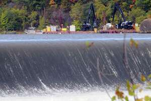 EPA lacks ground to force GE to expand dredging of PCBs from Hudson River - Photo