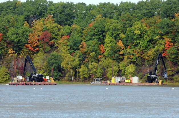 Dredging operations on the Hudson River near Lock 2 on Thursday Oct. 1, 2015 in Halfmoon , N.Y.  (Michael P. Farrell/Times Union) Photo: Michael P. Farrell / 10033572A