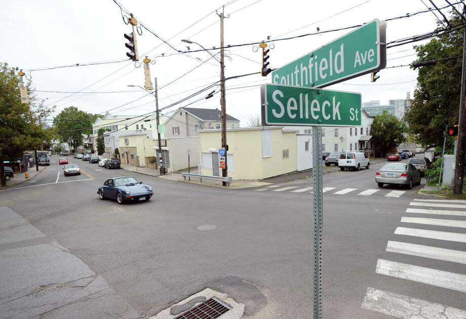 The intersection of Selleck Street, left, and Southfield Avenue in Stamford. Photo: Bob Luckey Jr. / Hearst Connecticut Media / Greenwich Time