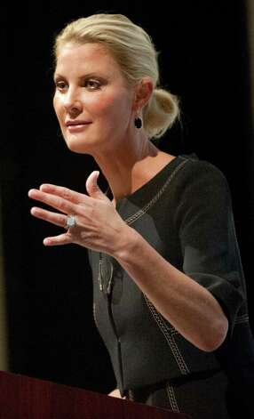 Sandra Lee, celebrity chef and cancer survivor, speaks during Women's Night Out, Ellis Medicine's annual fundraiser, on Thursday, Oct. 1, 2015, at Proctor's Theatre in Schenectady, N.Y. (Cindy Schultz / Times Union) Photo: Cindy Schultz / 00033590A