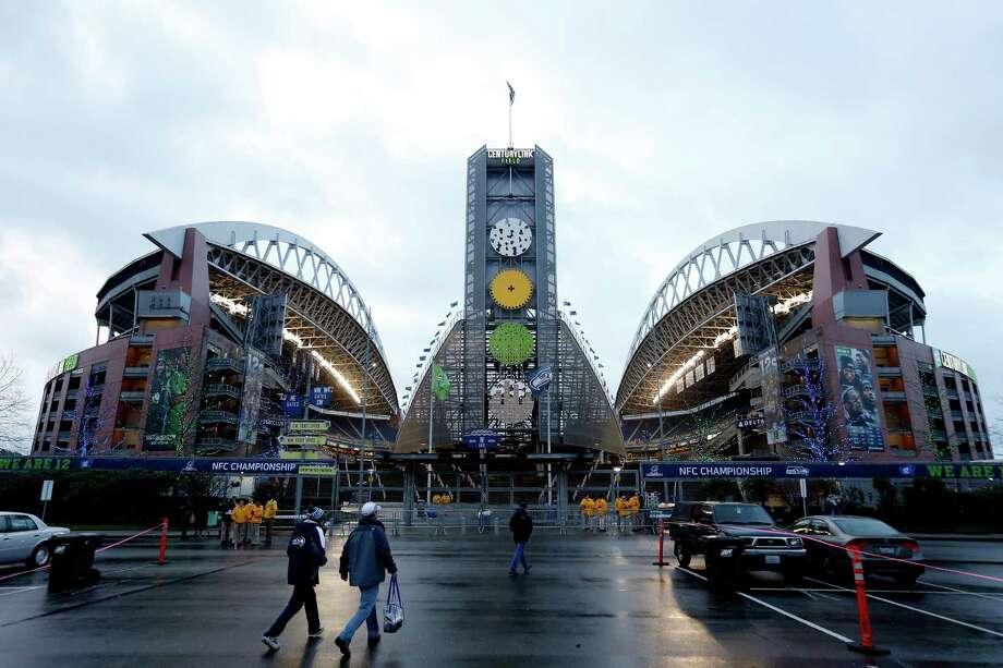 Answer:It's CenturyLink Field (above) and Safeco Field, where you can see the Seahawks win (mostly) and the Mariners... compete! Photo: Christian Petersen, Getty Images / 2015 Getty Images