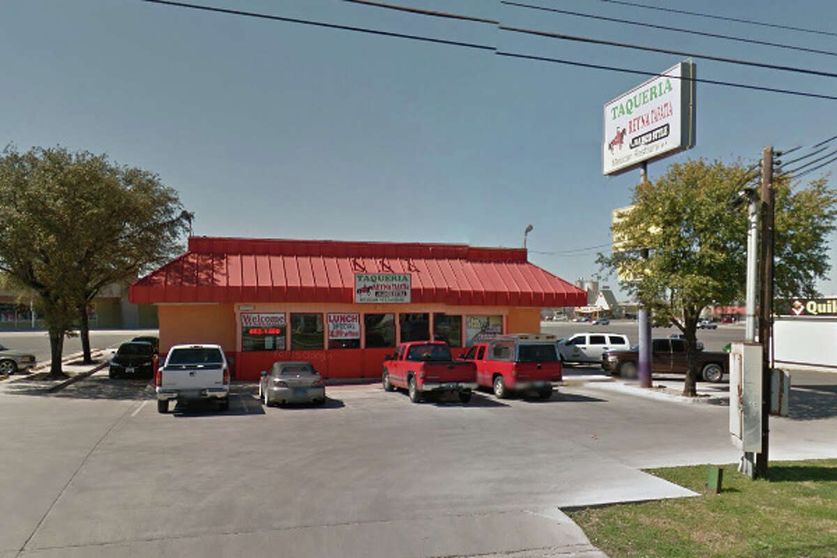 Taqueria Reyna Tapatia: 11461 Perrin Beitel, San Antonio, Texas 78217Date: 08/25/2016 Score: 63Highlights: Food not properly cooled within two hours, documentation not provided for employees handling ready-to-eat foods with bare hands, read-to-eat foods did not have consume-by date, food not protected from cross contamination, no Certified Food Manager (CFM) present