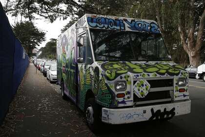 600 To Live In A Fedex Truck S F Rentals Get More Ridiculous Sfchronicle Com