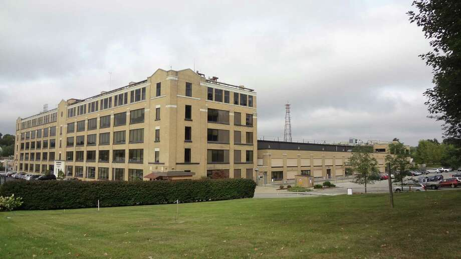 The Cytec building at 1937 West Main Street in Stamford, Conn., on September 28, 2015. Photo: Alexander Soule / Hearst Connecticut Media / Stamford Advocate