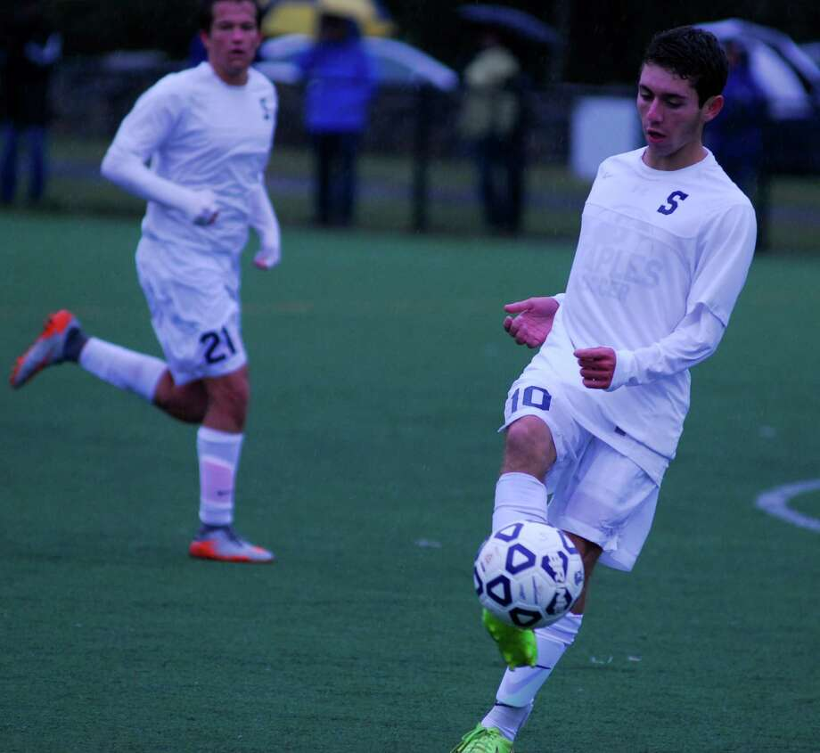 Staples' Daniel Perez Elorza controls the ball during a boys soccer game against Fairfield Ludlowe on Friday, October 2, 2015. Photo: Ryan Lacey/Staff Photo / Westport News Contributed