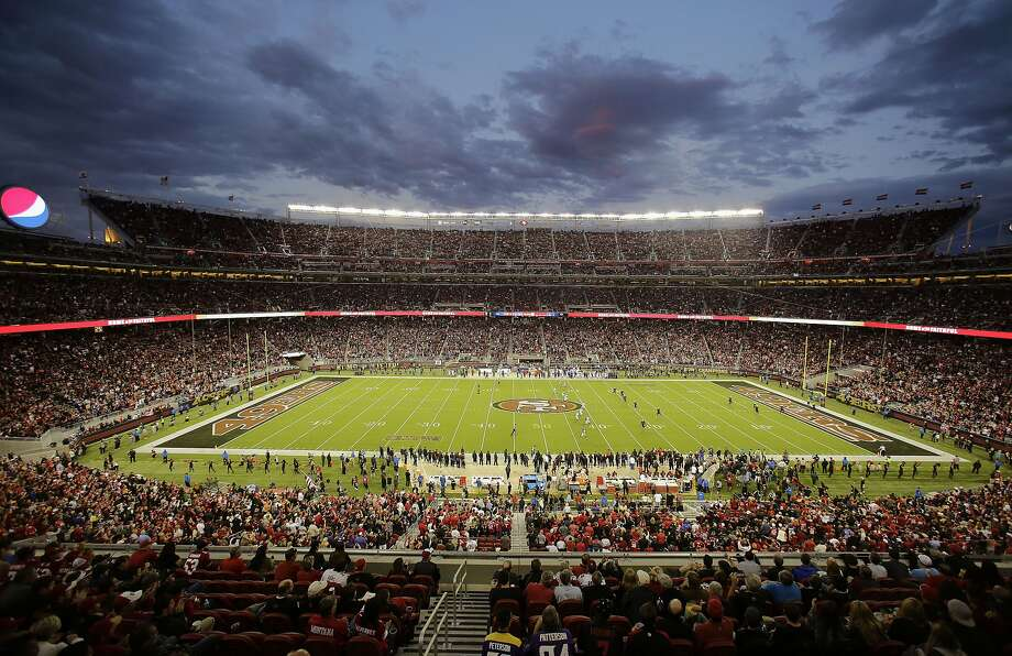 Fans at Levi's Stadium watch during the first half of an NFL football game between the San Francisco 49ers and the Minnesota Vikings in Santa Clara, Calif., Monday, Sept. 14, 2015. Photo: Eric Risberg, Associated Press