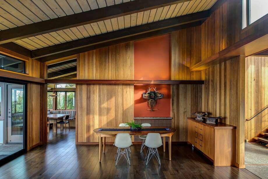 berkeley interior design. The Dining Room Of Renovated Midcentury Home In Berkeley Hills Displays A Tlingit Sculpture Interior Design J