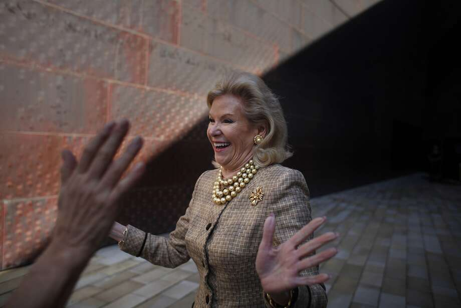 """Dede Wilsey (right),  Fine Arts Museums board president,  greets Carolina Herrera (hands at left) before """"The Art of Fashion: Runway Show and Luncheon, Carolina Herrera Spring 2015"""" collection at the de Young Museum  in November 2014 in San Francisco. Photo: Lea Suzuki, The Chronicle"""
