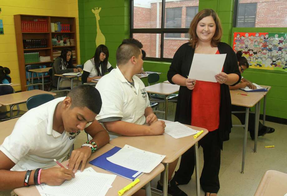 English-language learners have the lowest graduation rate of all subgroups, at 71.5 percent statewide. Photo: Gary Fountain, Freelance / Copyright 2011 Gary Fountain