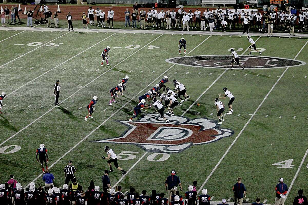 General play against the Pearland Oilers and Dawson Eagles at the Rig on October 2, 2015 in Pearland, Texas. Oiler won 28 to 2 in overtime.
