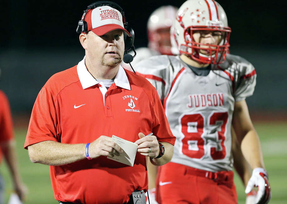 Judson coach Sean McAuliffe walks the sidelines during the game with Wagner on Oct. 2, 2015 at Rutledge Stadium. Photo: Edward A. Ornelas /San Antonio Express-News / © 2015 San Antonio Express-News