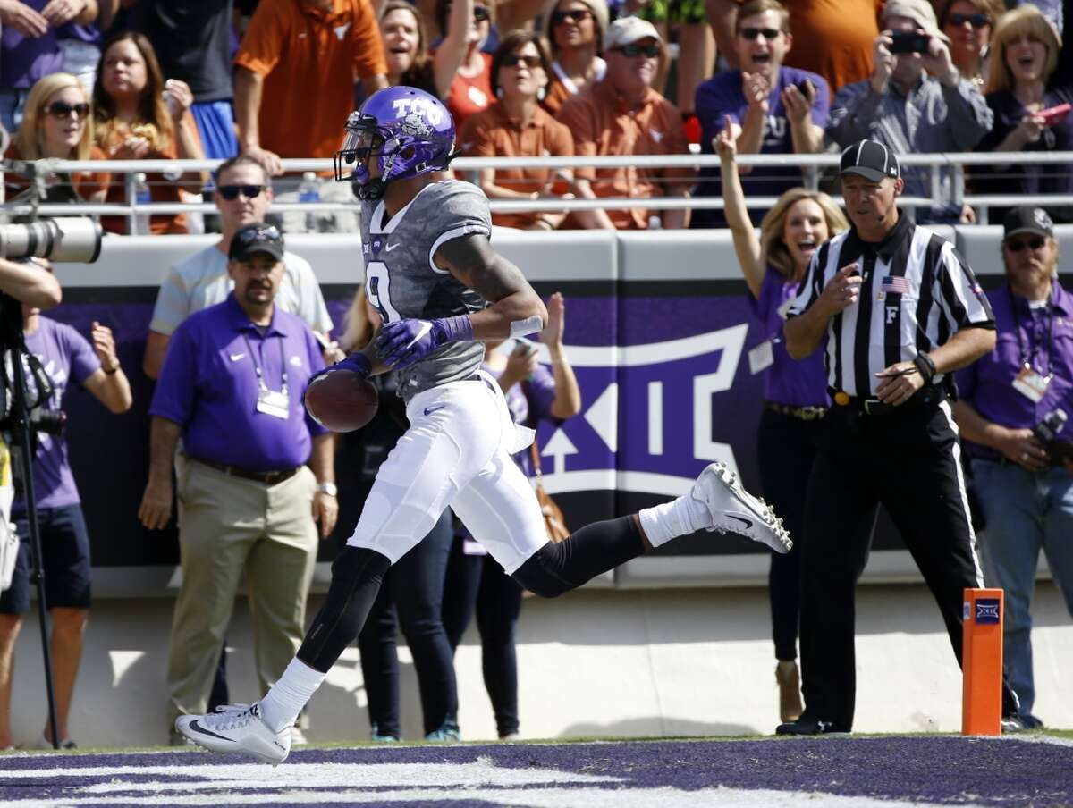 Josh Doctson, Texas Christian Height/weight: 6-2, 203 40-yard dash: 4.48 Doctson is a Wyoming transfer who broke Mike Renfro's Horned Frogs' school record with 2,785 yards. Finished with 215 total catches for 3,178 yards and 34 touchdowns. Excellent hands and has a 41-inch vertical leap. Draws comparisons to Philadelphia Eagles wide receiver Jordan Matthews for his polished game. Known for his high character.