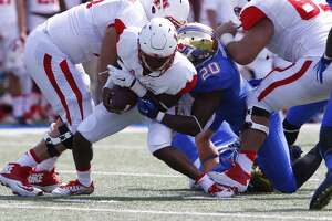 UH and Greg Ward Show roll over Tulsa, 38-24 - Photo
