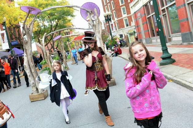 The Enchanted City steampunk street festival takes over part of River Street on Saturday, Oct. 3, 2015, in Troy, N.Y. The family-friendly event offered music, games, performance, food and fantasy. (Cindy Schultz / Times Union) Photo: Cindy Schultz / 10033593A