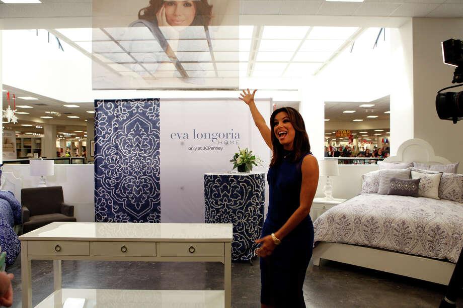 Eva longoria pushes new home collection at north star mall for Eva longoria san antonio home