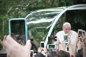 John Breunig: A day in the park with the pope - Photo