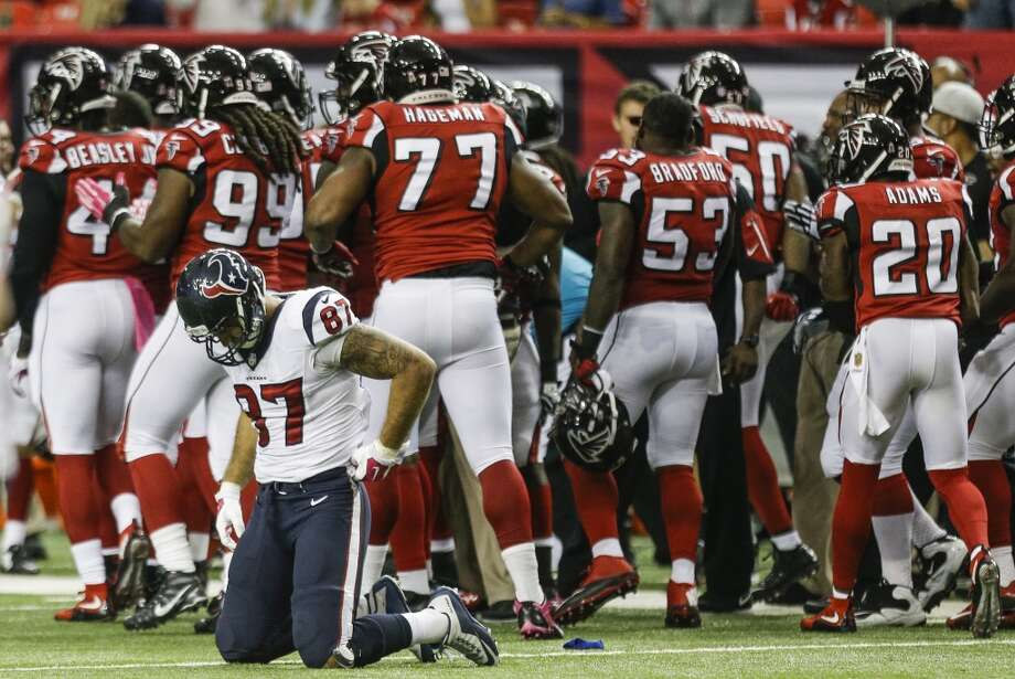 It was a long, forgettable Sunday in Atlanta for tight end C.J. Fiedorowicz (87) and the Texans as they were drilled by the Falcons to fall to 1-3. ( Brett Coomer / Houston Chronicle ) Photo: Brett Coomer, Houston Chronicle